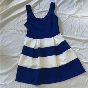 Soprano Size Large Blue and White Striped Dress